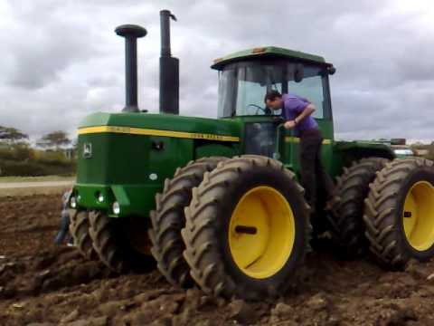 some tractorpulling action at fingal near dublin 09 including steam traction engine clips.