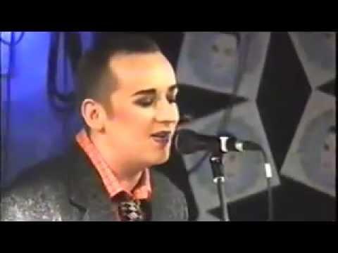 Boy George - Karma Chameleon (Live)