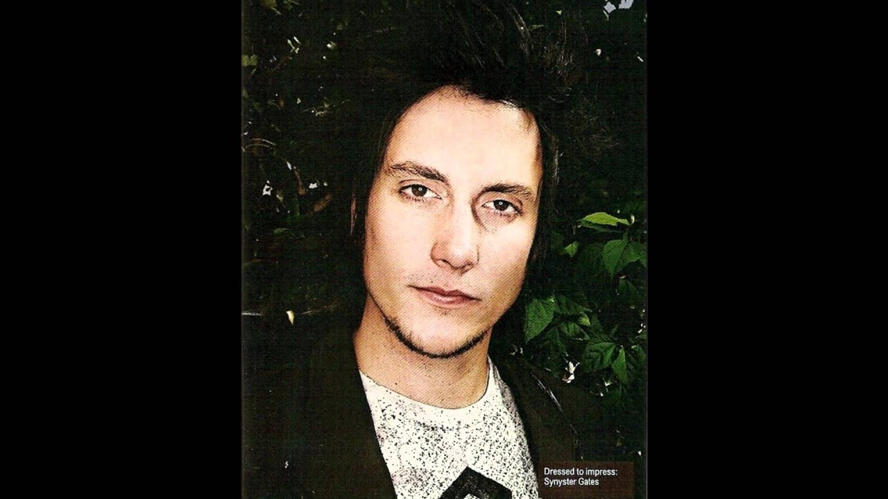Synyster Gates Mother Synyster Gates is Sexy