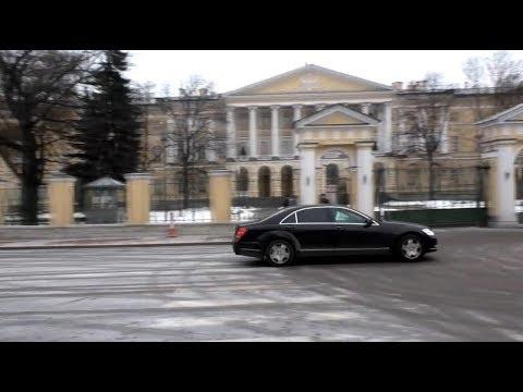И все - таки - Смольный- резиденция губернатора СПб и какие-то ПДД? Часть 1