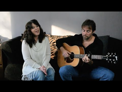 Angela Predhomme & Scott Christopher - Extra Day (acoustic live)