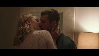 Abbie Cornish and Joel Kinnaman hot kissing scene in Robocop