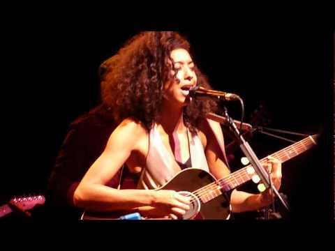 Corinne Bailey Rae live -
