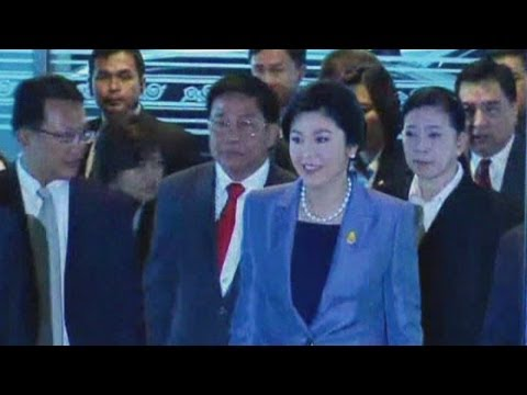 Thailand prime minister Yingluck Shinawatra ordered to step down after 'abusing power'