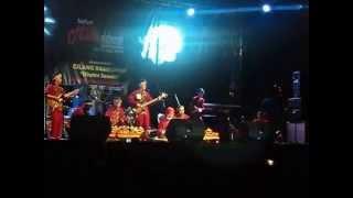Download Lagu Musik Kolaborasi Tradisional Sunda dan Modern Gratis STAFABAND
