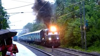 CHUGGING SMOKING ALCO WDM2 DIESEL LOCOMOTIVE WITH PUNALUR MADURAI PASSENGER