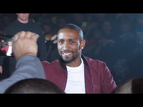 (JERMAIN DEFOE) BOOED WWE NEWCASTLE 9/4/15