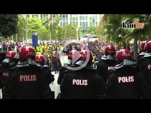 Anwar sodomy verdict raises human rights concerns