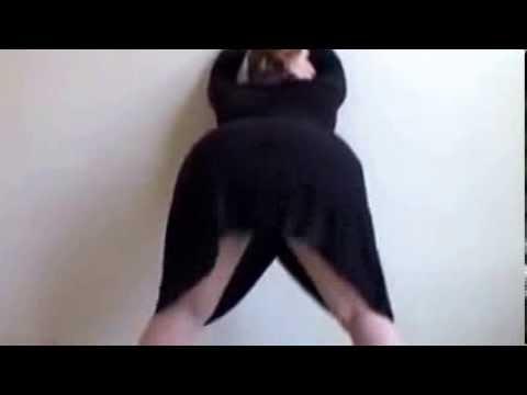 Butt Shaking Big Ass Dance