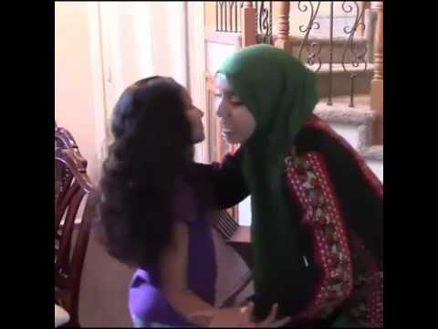 Arab Kisses video