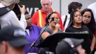 Bernie Sanders Seattle Rally - Black Lives Matter Interruption
