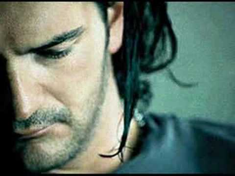 Me Enseñaste - Ricardo Arjona Music Videos