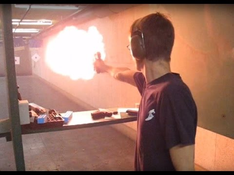 Desert Eagle .50AE Video