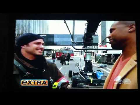 Taylor Kinney talks about Gaga on Extra!