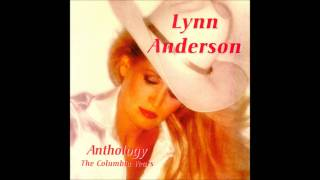 Watch Lynn Anderson I Fall To Pieces video
