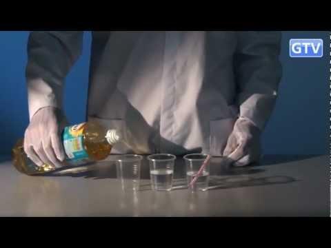 Аспирин и три слоя несмешиваемых жидкостей