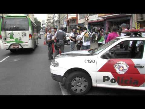 Criminosos e policias trocam tiros após tentativa de assalto no centro de Campinas