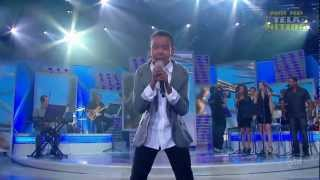 Jotta A.  singing - ♪  We Are The World ♫