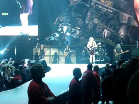 AC/DC - Whole Lotta Rosie (live 2009)