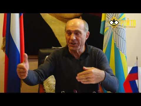 М.Толбоев: о крыльях и щупальцах