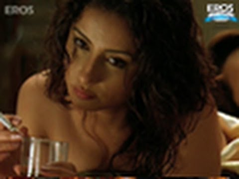 Hot Divya Dutta On Bed Uncut Scene