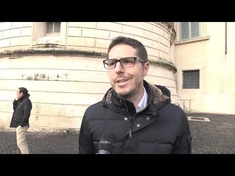 Cantù - Molteni, il comune nega il diritto al referendum contro la moschea.Vergogna!!