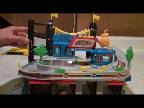 Fast Lane Mini City Playset Toys R Us Exclusive - Review and Demonstration