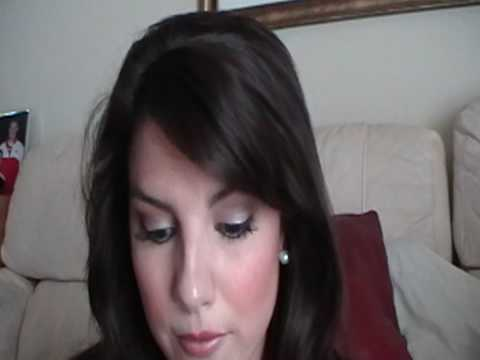 Revlon Self Adhesive False Lashes Video