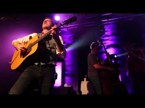 The Infamous Stringdusters - The Hitchhiker