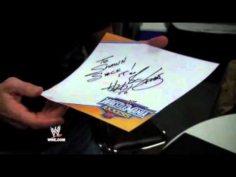 WrestleMania XXVII Diary: Shawn Michaels gets an autograph from Triple H
