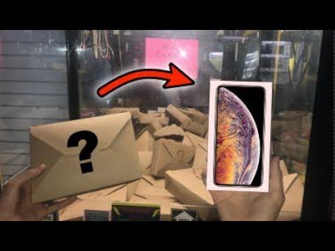 WON iPhone XS MAX from MYSTERY BOX CLAW MACHINE!!! | JOYSTICK