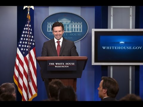 10/17/14: White House Press Briefing