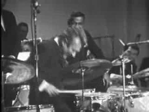 gene krupa buddy rich drum battle