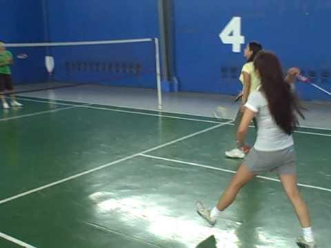 Badminton Players Girls Rdms Girls Playing Badminton