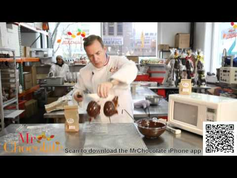 Simple way to temper chocolate in the microwave and molding to create beautiful and delicious chocol