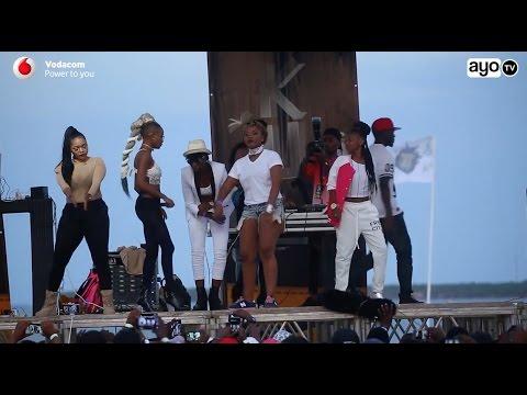 Wanaitwa DADA HOOD.. on stage After School Bash 2016