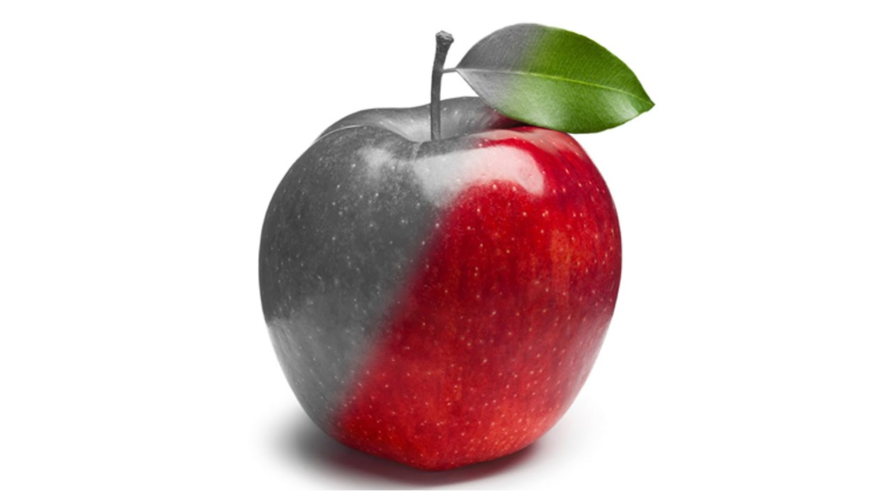 This apple turns red just like the one in pleasantville poor eve