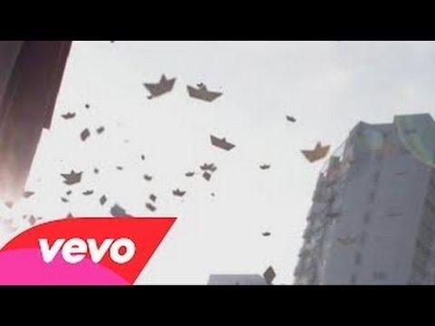 Gustavo Cerati - Lago En El Cielo - Video Oficial