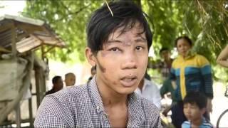 Vụ 2 mẹ con chở thuốc lá lậu thương vong  Bị công an đạp ngã