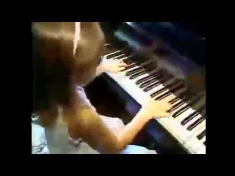 5 Year Old Amazing Piano Prodigy Emily Made Music History as Professional Concert Pianist & Composer
