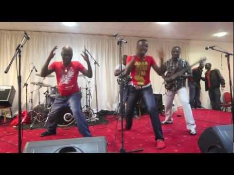 Alick Macheso -nguva Yekutenda London 02 11 12 video