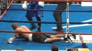 Andre Ward knocked down/ Андре Уорд в нокдауне
