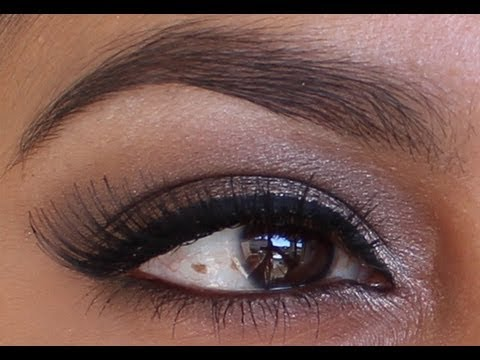 Sexy, Sultry, Smokey Eye Makeup Using Urban Decay Naked Palette video