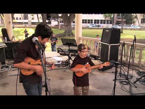 Jake Shimabukuro: Life on Four Strings deleted scene - Aiden & Jake