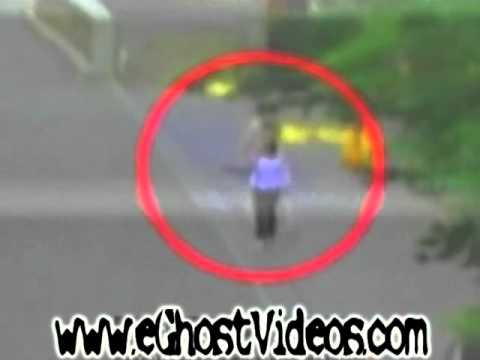 Woman walked through a ghost in Japan