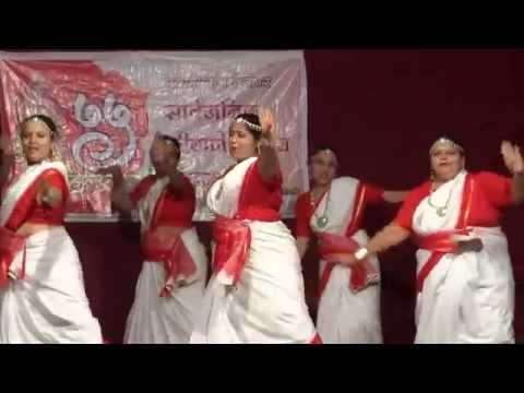 Sawar Loon Group Dance Performance By Rocking Ladies, Girgaum video