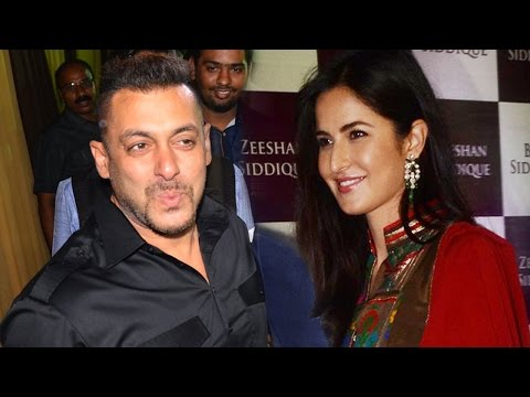 Salman Khan & ex-girlfreind Katrina Kaif spotted at Baba Siddique's Iftar party 2016
