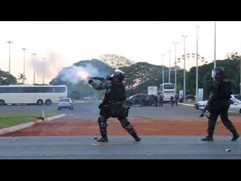 Clashes in Brasilia two weeks ahead of World Cup