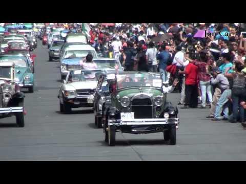 Desfile de autos clásicos en reforma 2014.