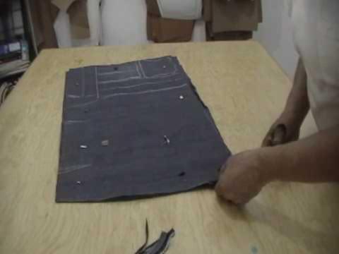 Con 1 mt. de mezclilla 2 faldas de 0.50 cms